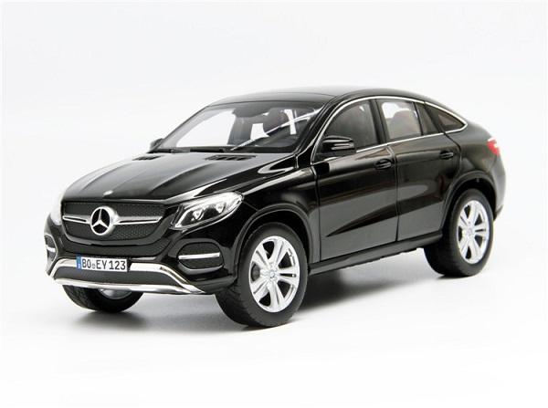โมเดลรถ โมเดลรถเหล็ก โมเดลรถยนต์ Benz GLE 2015 Black 1