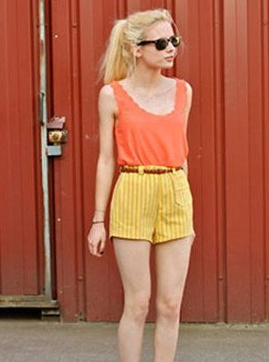 เสื้อแขนกุด ผ้าซีฟอง ผ้าพิมพ์ ไร้ตะเข็บ ชายเสื้อด้านล่าง สี แดง เหลือง ฟ้า เขียว ขาว เทา no 92491