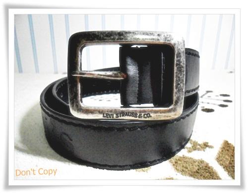 เข็มขัดหนังแท้ levis สีดำหัวสีเงิน L024