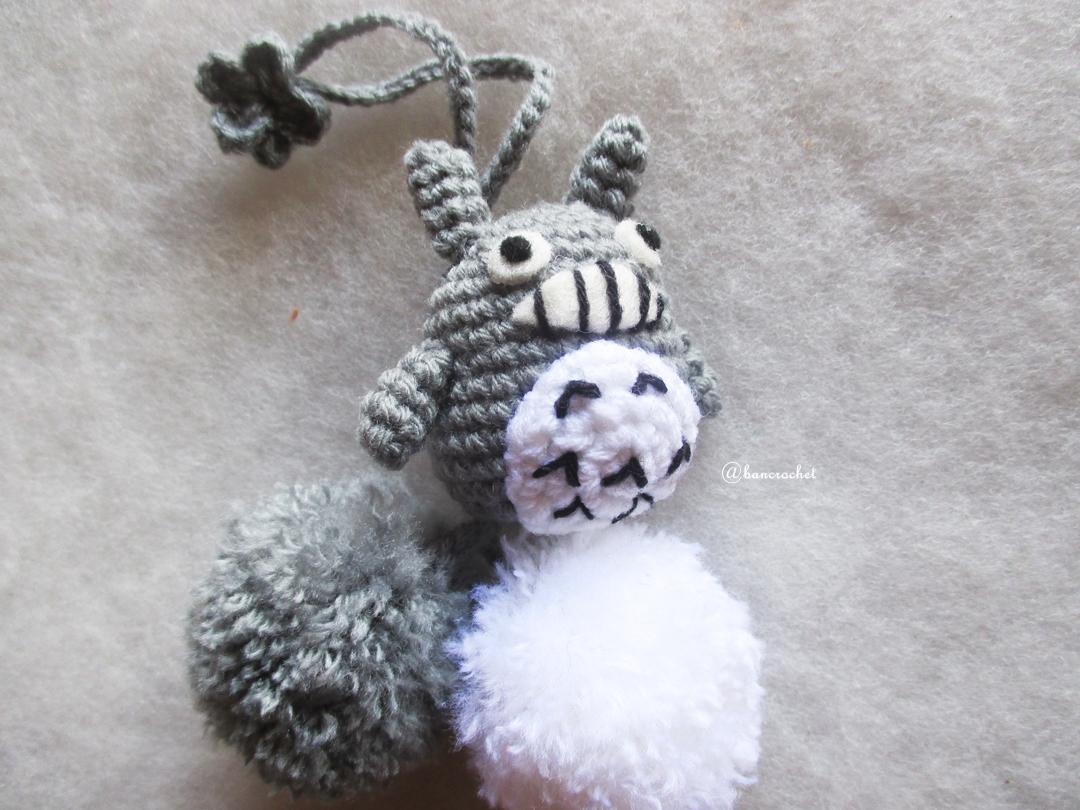 ที่ห้อยกระเป๋า พวงกุญแจตุ๊กตาโทโทโร่ dolls pom pom amigurumi crochet keychain