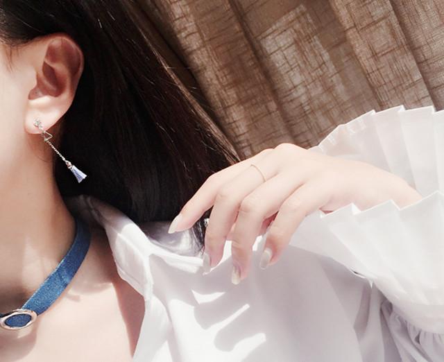 ต่างหู,ตุ้มหูแฟชั่นสไตล์เกาหลีรูปสามเหลี่ยมแต่พู่สีฟ้าและสีชมพู