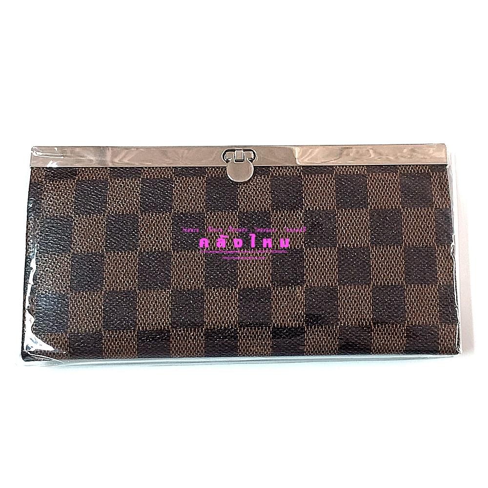 กระเป๋าสตางค์ใบยาว ใบละ 90 บาท ( คละสี )
