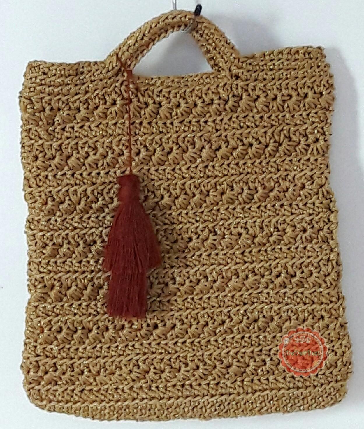 B66:Handmade bag กระเป๋าถือถักด้วยเชือกร่มสีทองดิ้นทอง แต่งพู่ สินค้าใหม่ค่ะ