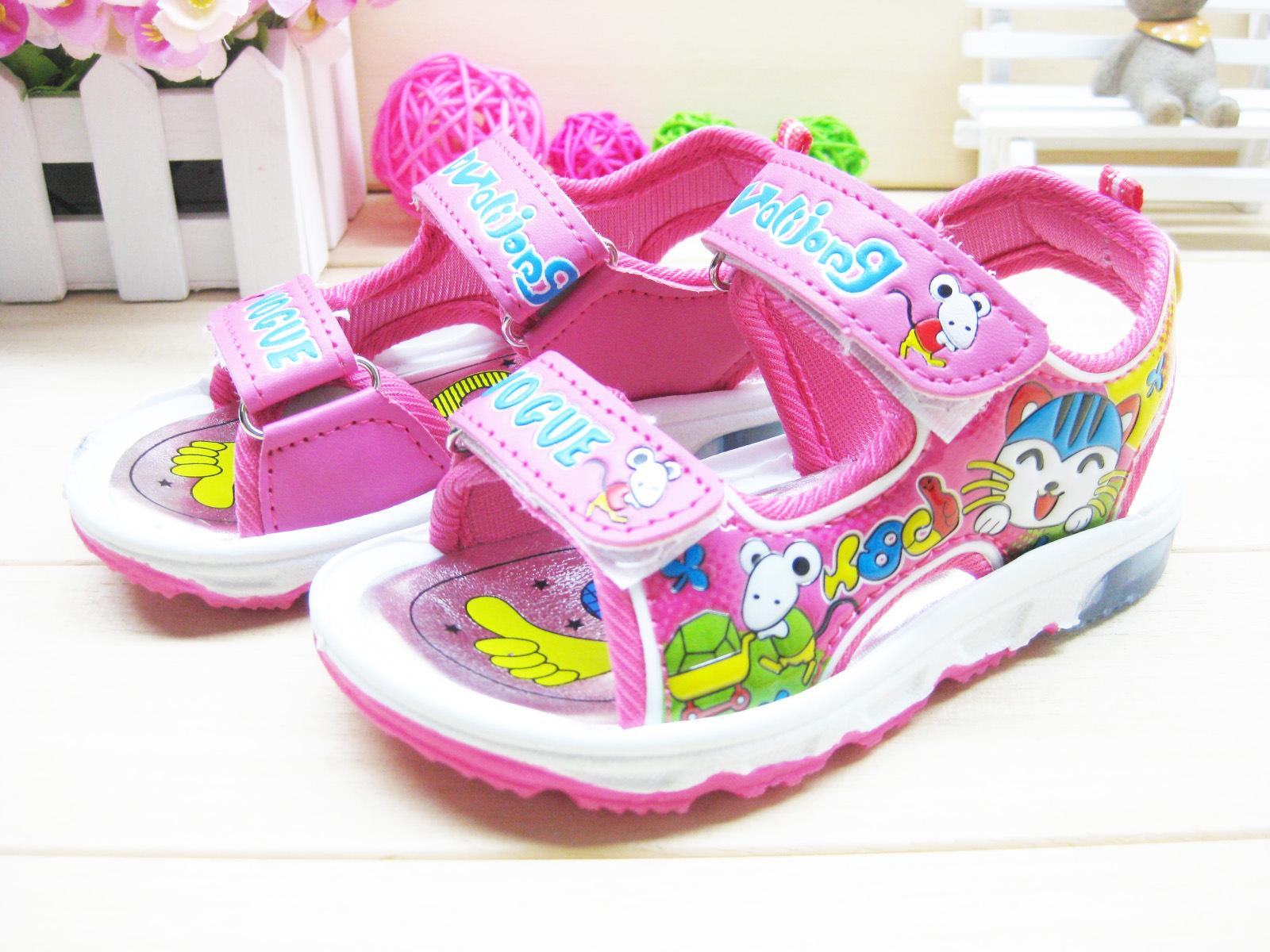 รองเท้าแตะรัดส้นเด็กหญิง มีไฟกระพริบ Size 18-23