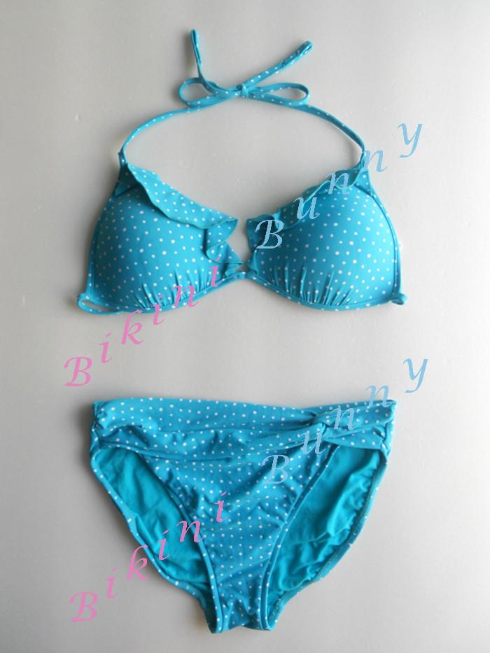 รหัส bk1234 (Size M) บิกินี่ทรงสามเหลี่ยมสีฟ้าน้ำทะเล ลายจุดสีขาว แต่งระบาย --> Seafolly