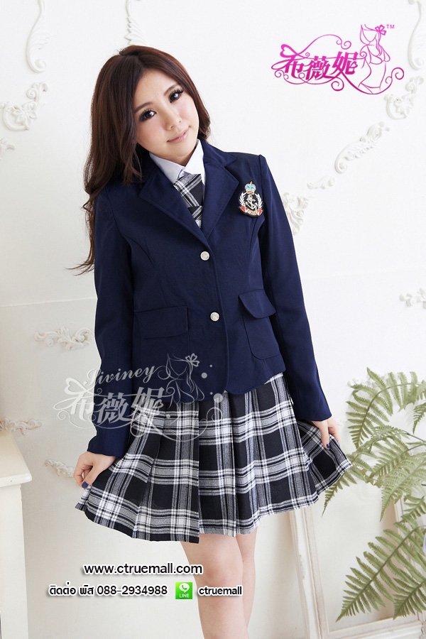 ชุดนักเรียนญี่ปุ่น