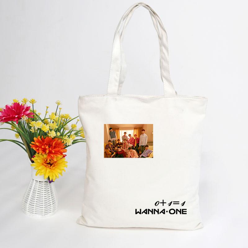 กระเป๋าผ้าสะพายข้าง - WANNA ONE