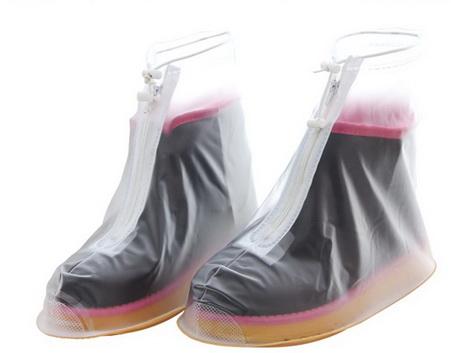 ถุงคลุมรองเท้าเวลาฝนตก