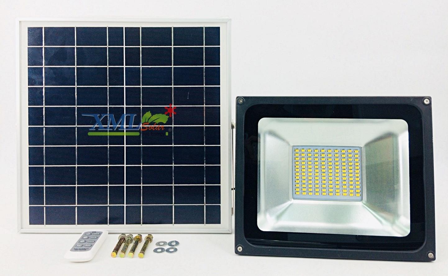 ไฟสปอตไลท์โซล่าเซลล์ 50 Watt รีโมทขาว (เเสง : เหลืองวอมไวท์)