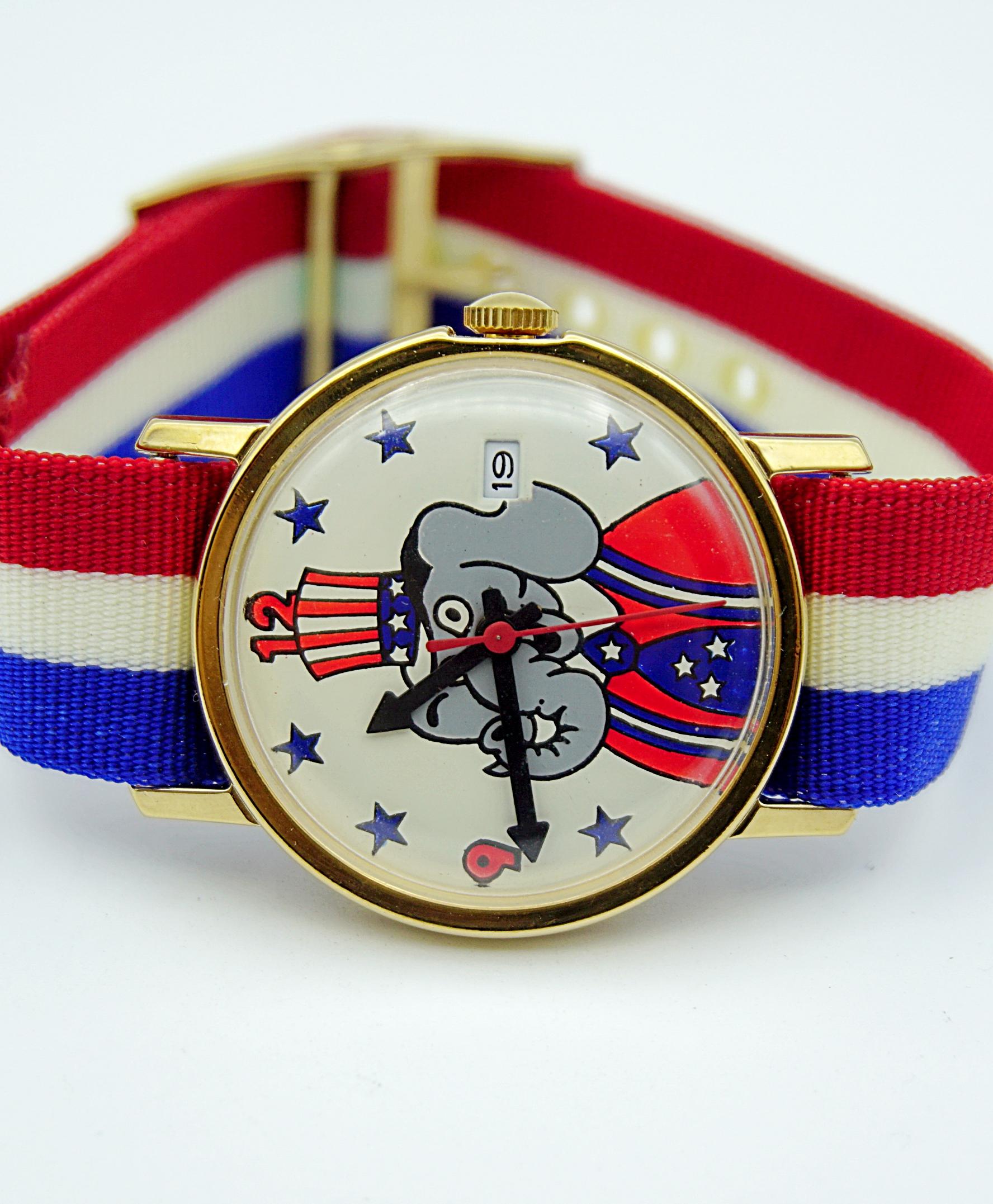 นาฬิกาเก่า REPUBLICAN ELEPHANT ไขลาน