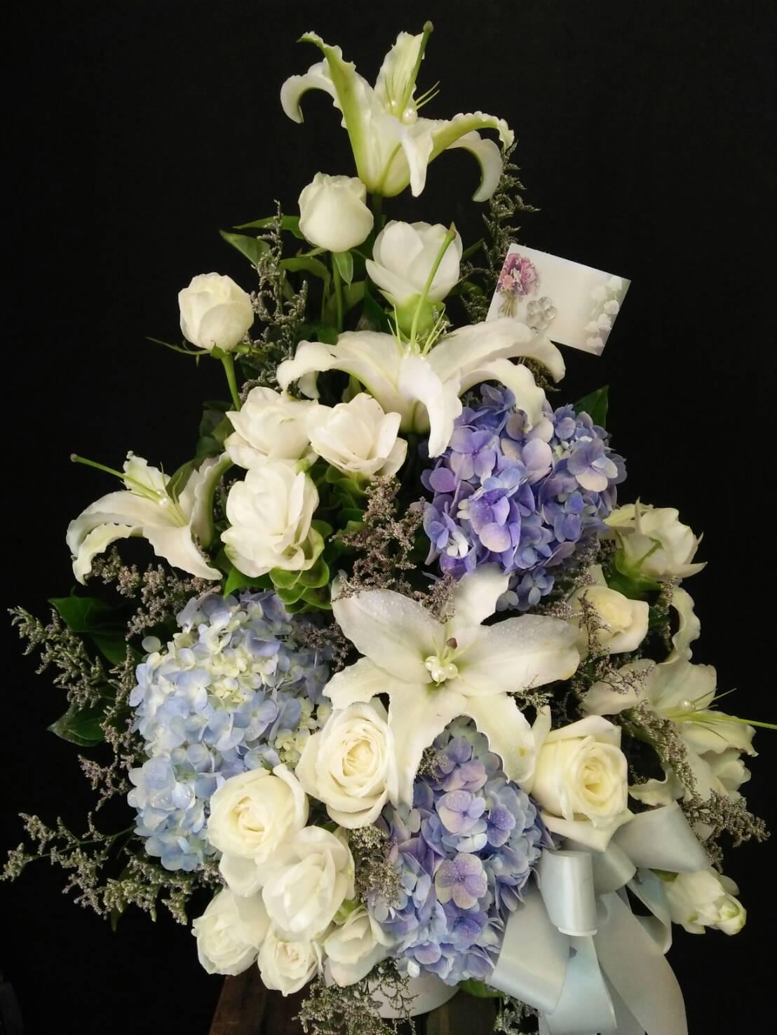 แจกันดอกไม้ 18