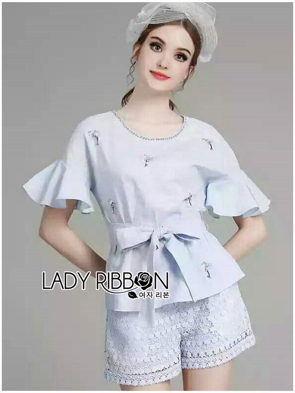 เสื้อผ้าเกาหลี พร้อมส่งเซ็ตเสื้อคอตตอนผสมลินินปักดอกไม้สีม่วงผูกโบและกางเกงผ้าลูกไม้สีม่วงไลแล็ก