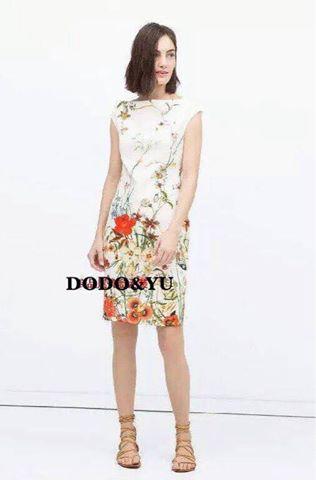 ชุดเดรสเกาหลี พร้อมส่งชุดเดรสผ้าโพลีพิมพ์ลาย Floral