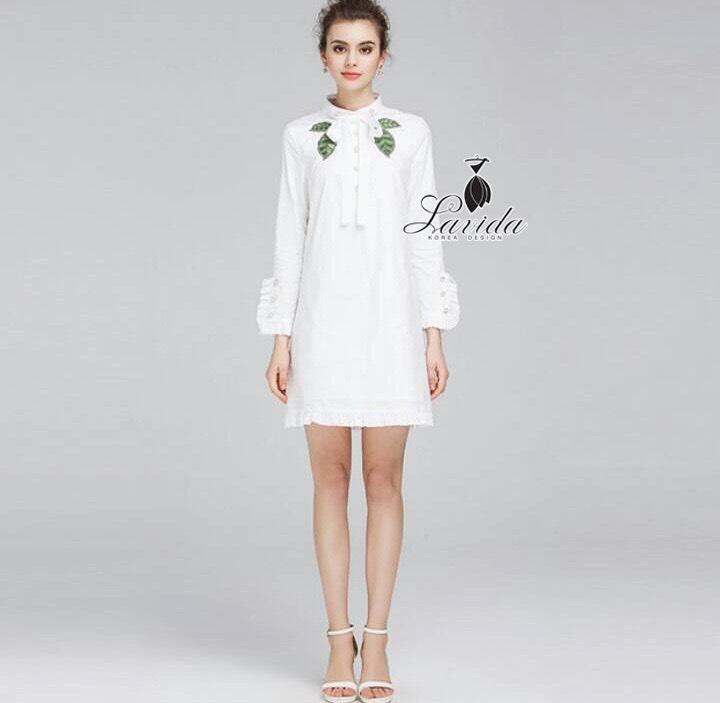 costume design green leaf collar white blouse dress