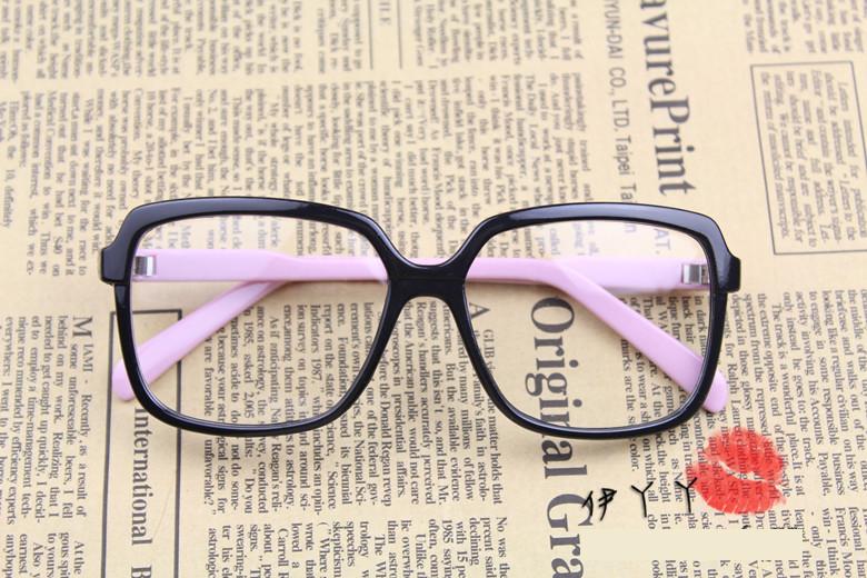 แว่นตาแฟชั่นเกาหลี ดำชมพู (พร้อมเลนส์)