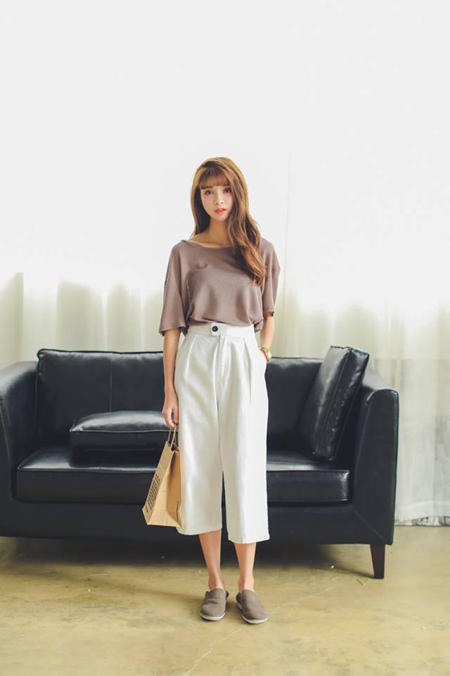 กางเกงเอวสูง ทรงขากว้าง สีขาว(White)