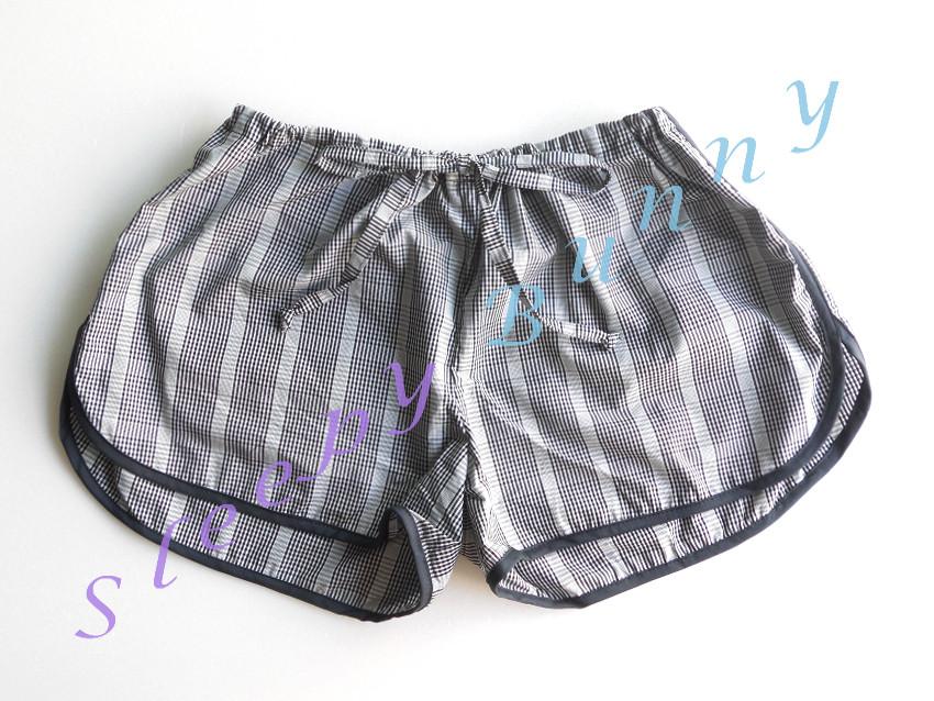 คุณ HYUKJAN (line) CF ค่ะ bx8 free size ( S, M, L )