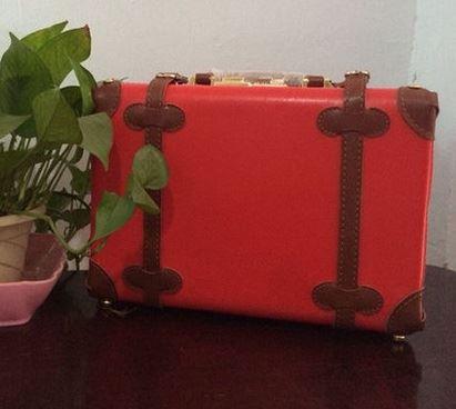 กระเป๋าเดินทางวินเทจ รุ่น spring colorful แดงคาดน้ำตาล ขนาด 12 นิ้ว