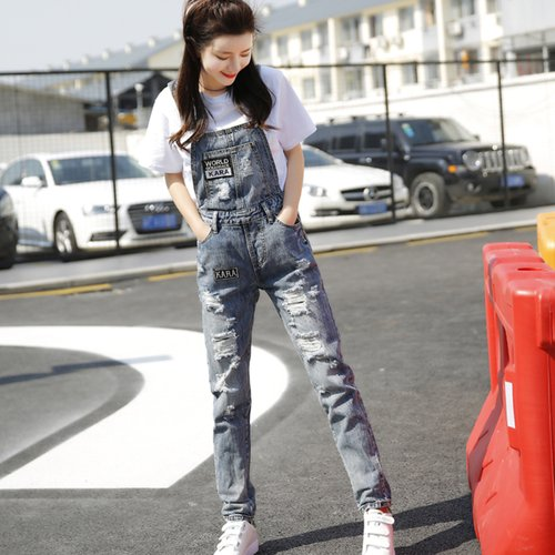 OW6005001 กางเกงยีนส์เอี้ยมทำเก่าขาตรงแฟชั่นเกาหลี (พรีออเดอร์)