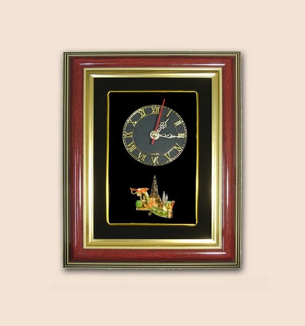 ของที่ระลึก กรอบนาฬิกาลายวัดไทย (ขนาด : 7 x 9 นิ้ว )