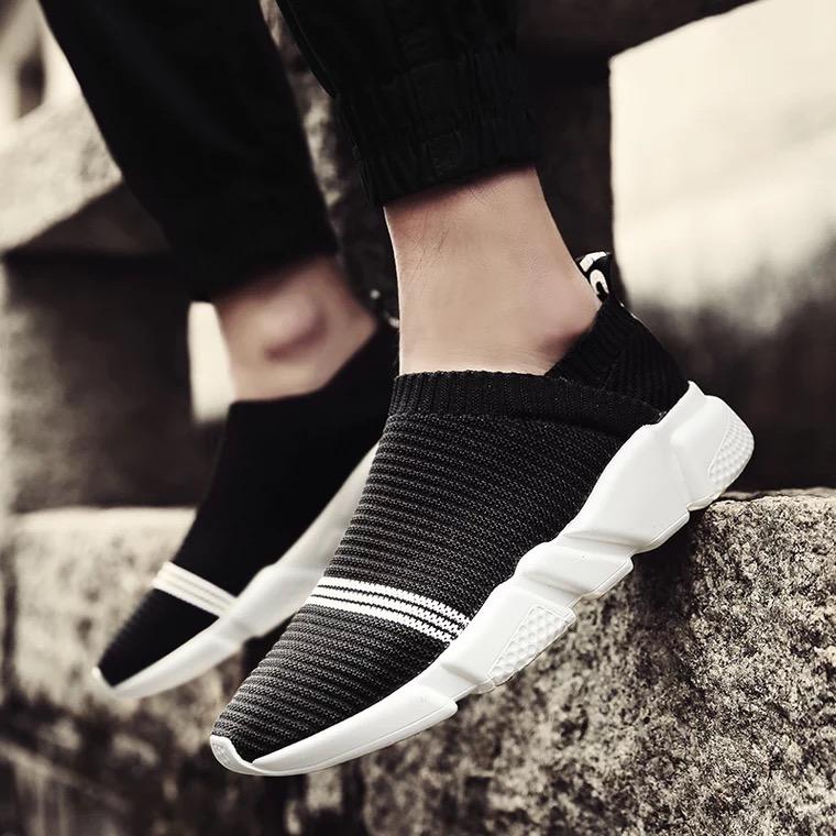 รองเท้า | รองเท้ากีฬา | รองเท้าวิ่ง | รองเท้าผ้าใบระบายอากาศ | รองเท้าลำลอง
