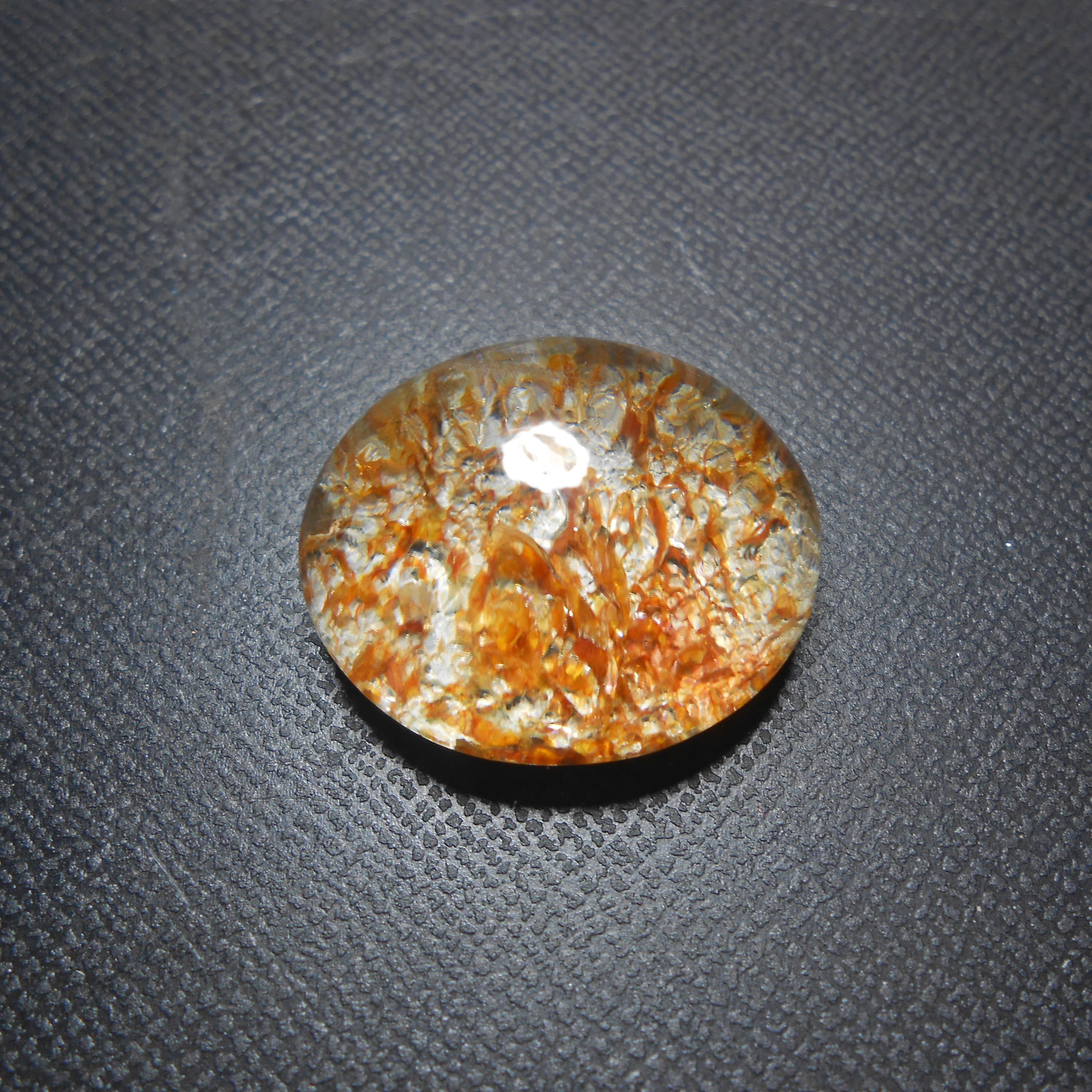 แก้วกาบทอง กาบสวย ใส A+++ ขนาด 2.8* 2.2 cm ทำแหวนชาย หรือ จี้ สวยๆ