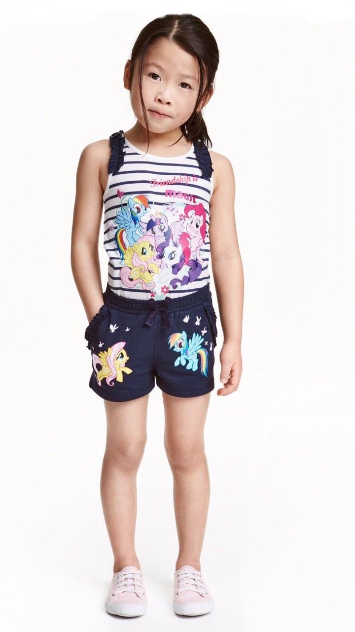 H&M : set เสื้อกล้ามลายขวาง พร้อม กางเกงขาสั้น size : 1-2y
