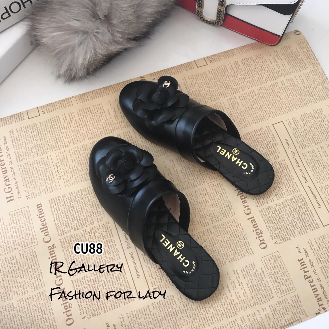 รองเท้าแตะ Style CC (สีดำ)