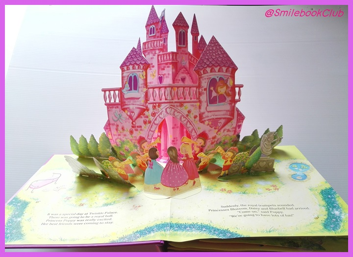 Magical Princesses - with amazing 3D pop-ups