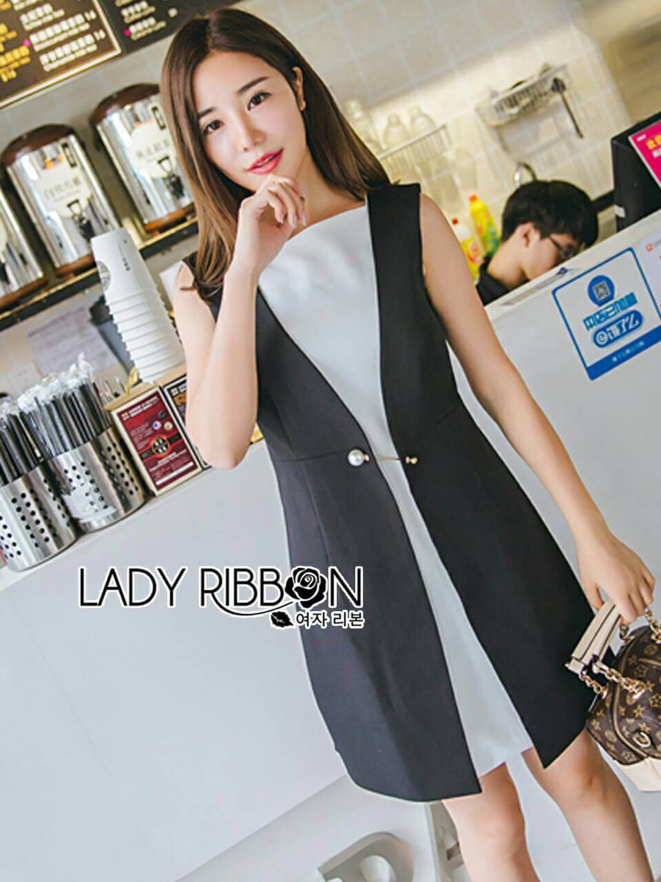 &#x1F380 Lady Ribbon's Made &#x1F380 Lady Alice Smart Minimal Black and White Dress with Pin