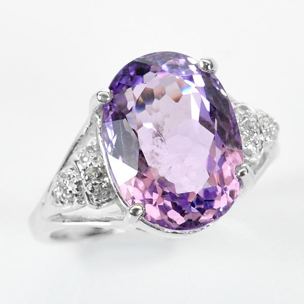 แหวนพลอยแท้ แหวนเงิน 925 ฝังพลอยธรรมชาติแท้อเมทิส สีสวย ล้อมด้วยเพชร CZ ชุบทองคำขาว