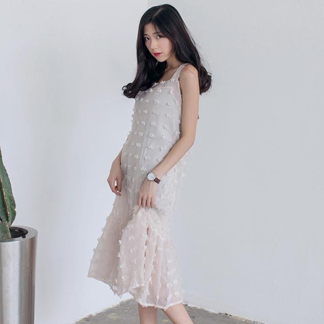 ชุดเดรสสั้นสีครีม ทรงปล่อย ผ้าชีฟอง แฟชั่นชุดเที่ยวทะเลสวยเก๋ น่ารัก สไตล์เกาหลี