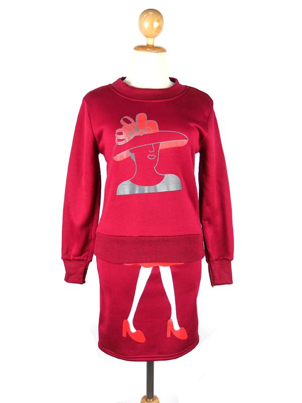 (SALE) ชุด2ชิ้น เสื้อ+กระโปรง ผ้าหนา ลายผู้หญิง สีแดง