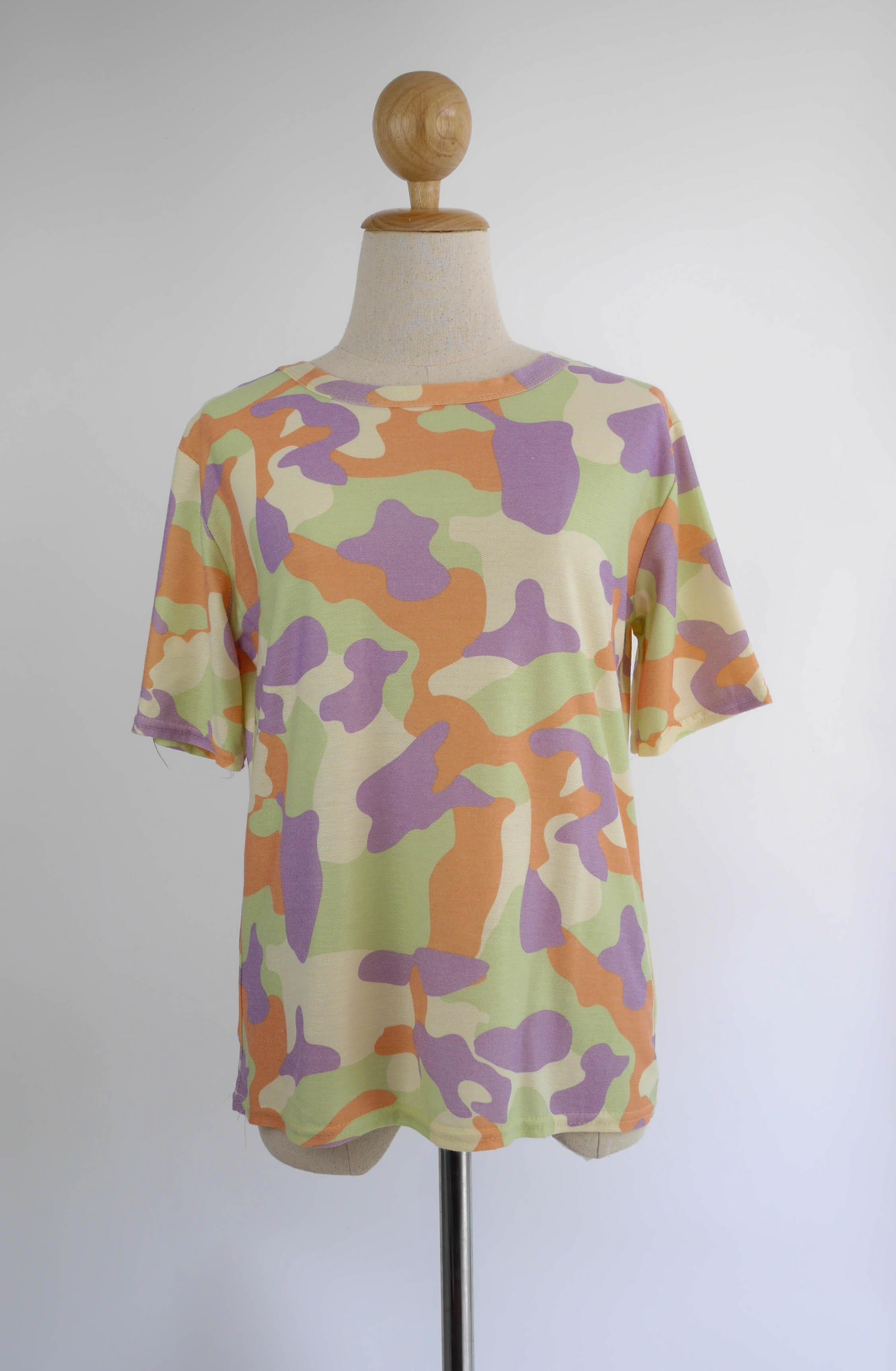 เสื้อยืดแฟชั่น ลายพรางทหาร สีเขียว
