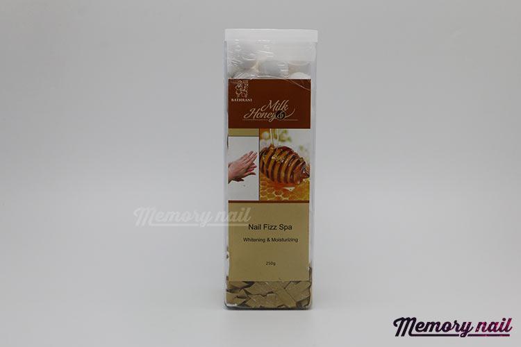 Nail Fizz Spa ( Milk & Honey ) เม็ดฟู่ กลิ่นนมน้ำผึ้ง สำหรับแช่มือ