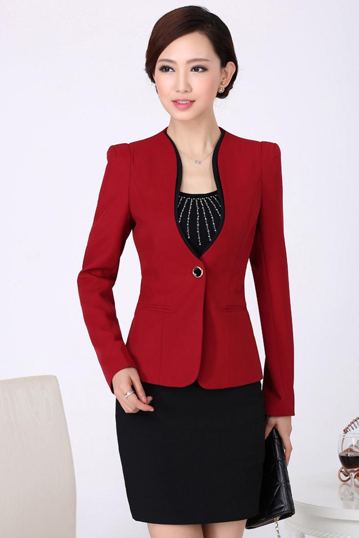(สินค้าหมด) เสื้อสูทแฟชั่นผู้หญิง เสื้อสูททำงาน สีไวน์แดง คอวีลึก แขนยาว แต่งขลิบสีดำ ใส่ทำงานได้