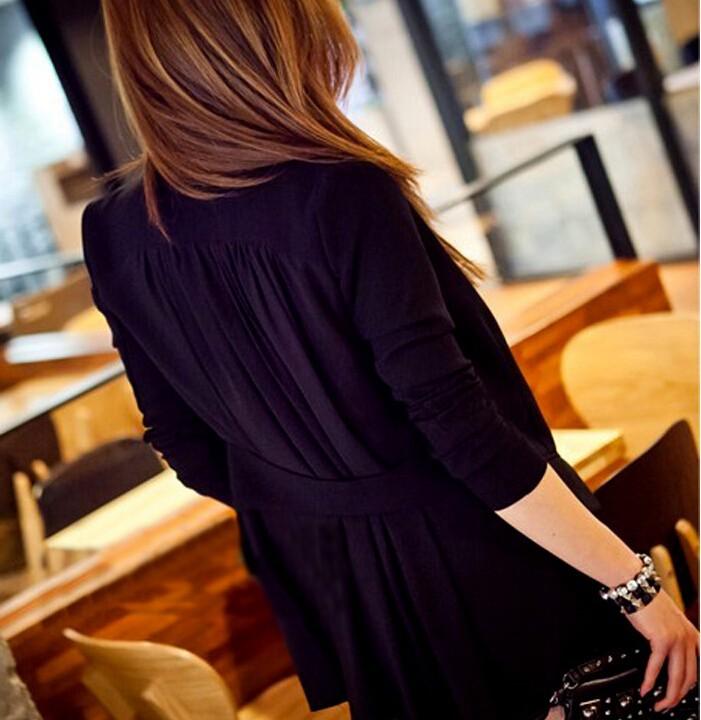 เสื้อสูทแฟชั่น เสื้อสูทผู้หญิง สีดำ แขนยาว ด้านหลังแต่งด้วยผ้าชีฟองพริ้วๆ