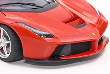 Mesh parts are included in the kit to give a highly realistic finish for front air intakes, wheel wells and other parts.