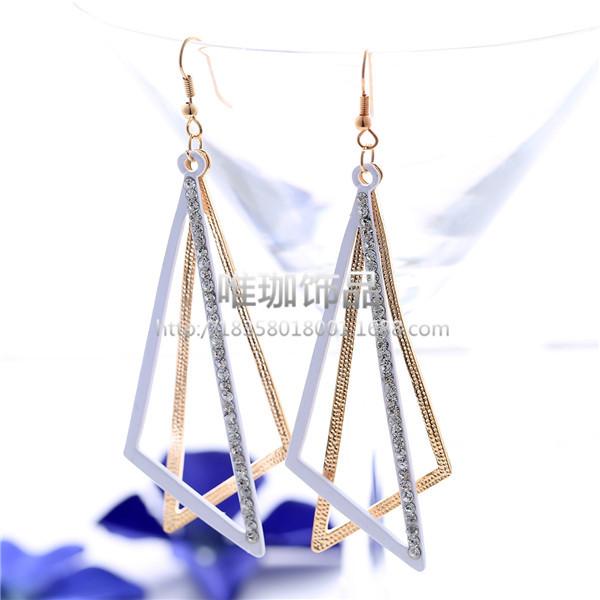 AU2317 - ต่างหูแฟชั่น ต่างหูหนีบ ต่างหูเกาหลี ตุ้มหูแฟชั่น ตุ้มหู ต่างหู เครื่องประดับ Big oblique triangle earrings long section