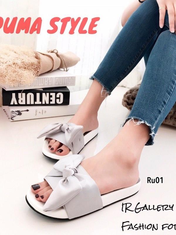 รองเท้าแตะผู้หญิง แบบสวม ผ้าซาติน แต่งโบว์ (สีเทา )