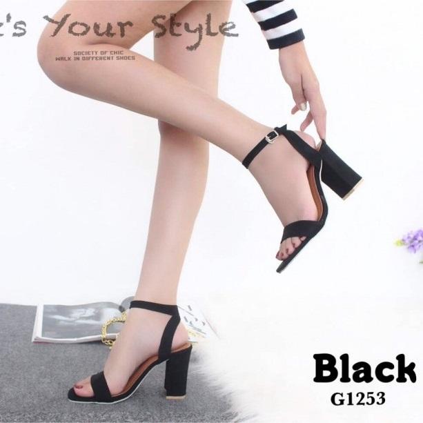 รองเท้าส้นสูงรัดข้อสีดำ ผ้าสักหราด สไตล์ ZARA (สีดำ )