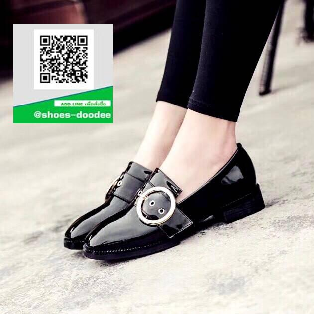 รองเท้าคัทชูสีดำ หนังแก้ว แต่งหัวเข็มขัด (สีดำ )