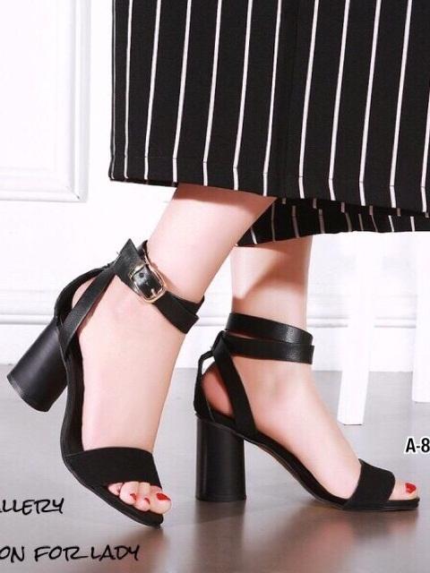 รองเท้าส้นสูงรัดข้อสีดำ หนังกลับ ใส่กระชับเท้า (สีดำ )