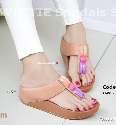 รองเท้าแตะเพื่อสุขภาพสีครีม SWEETIE Sandals Style (สีครีม )