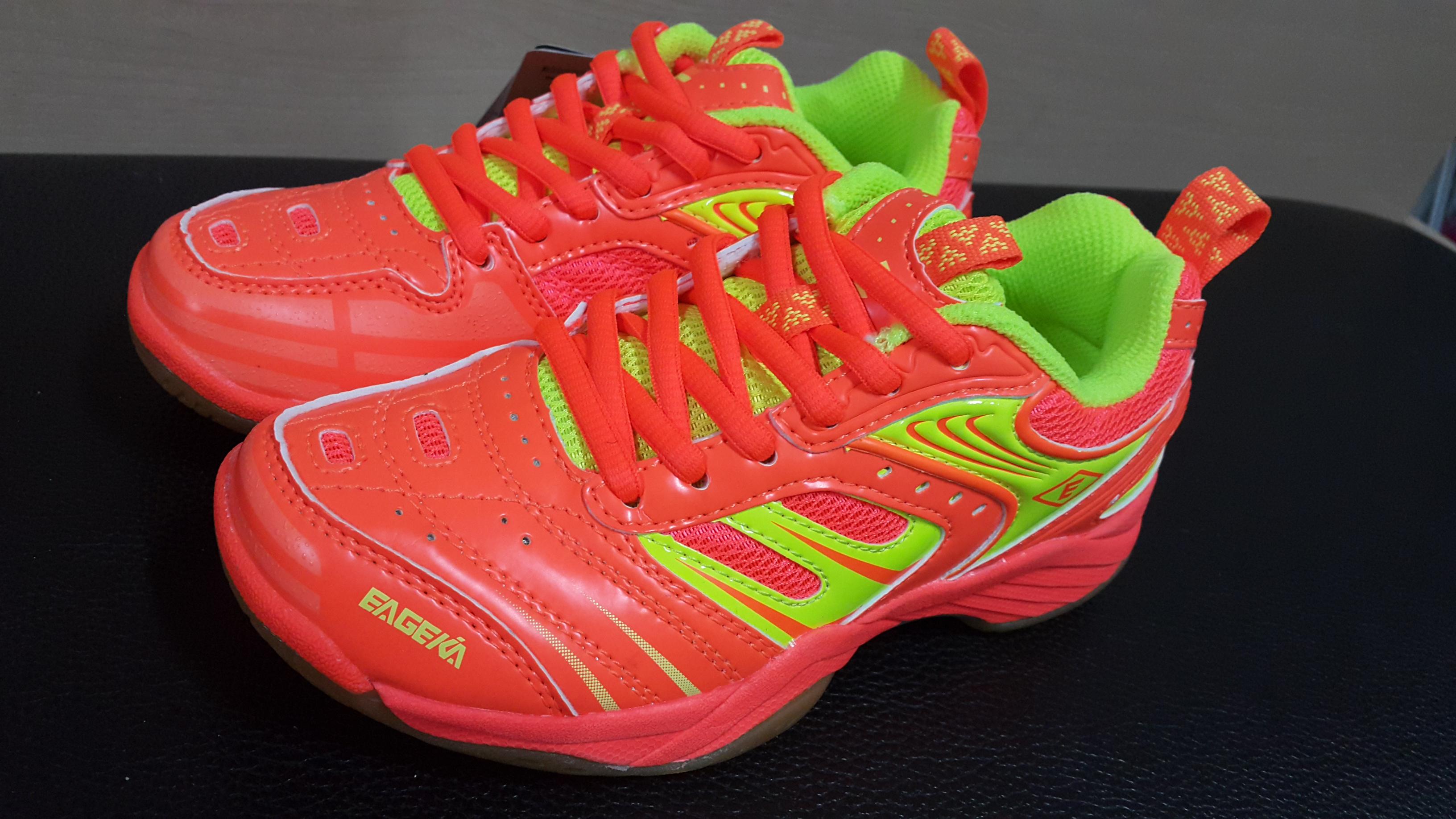 รองเท้าแบดมินตันสำหรับเด็ก BS79