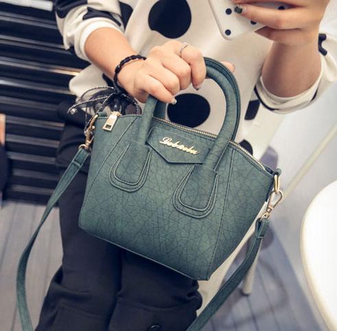 ขายส่งกระเป๋าผู้หญิง ถือและสะพายข้างใบเล็ก แฟชั่นเกาหลี Fashion รหัส NA-365 สีเขียว