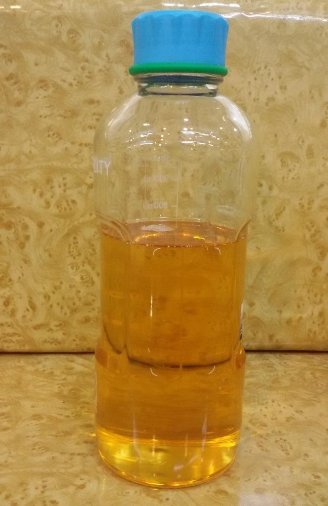 ขายขวดแก้วบรรจุน้ำมันกฤษณาทรงสูง ขนาด 1 ลิตร