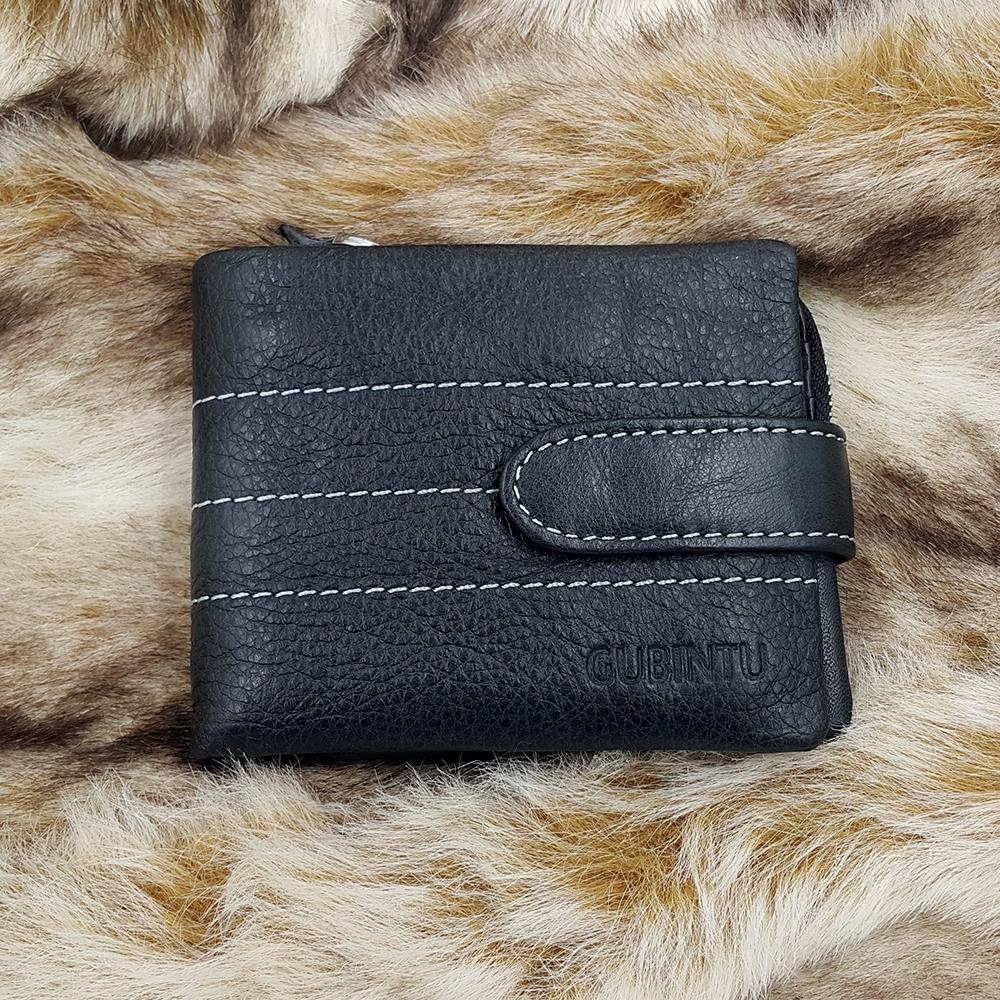 กระเป๋าสตางค์หนังแท้ บุรุษ ทรงสั้น GUBINTU Line Button Zip สีดำ