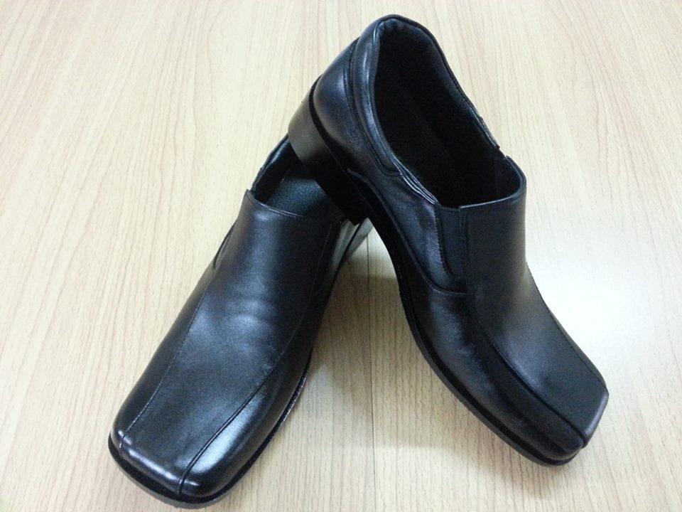 รองเท้าหนังแท้ใส่ทำงาน หนังสีดำ ทรงหัวตัด