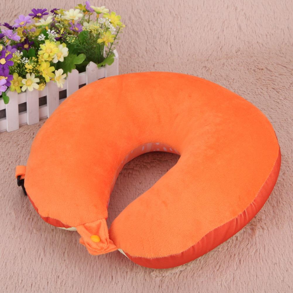 หมอนรองคอส้มด้านหลัง